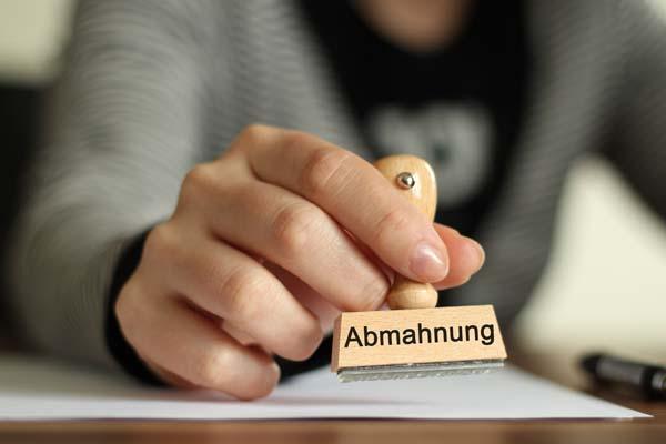http://www.wkdis.de/aktuelles/images/aktuelles-versto_abmahnung.jpg